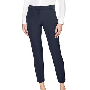 Adrianna Papell Black Bi-Stretch Kate Fit Pants- 6